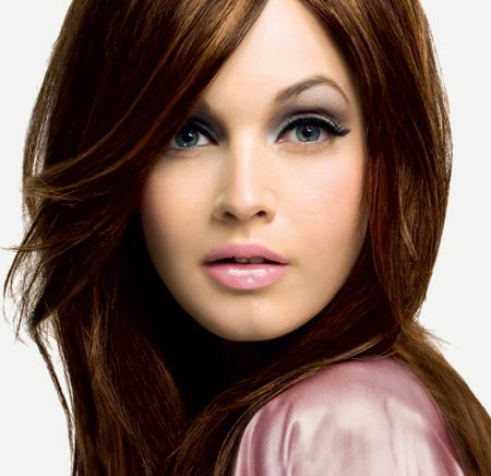 Карие глаза и шоколадные волосы макияж