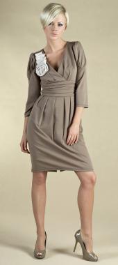 ...Королева сердец - интернет-магазин вечерних платьев и красивой одежды.