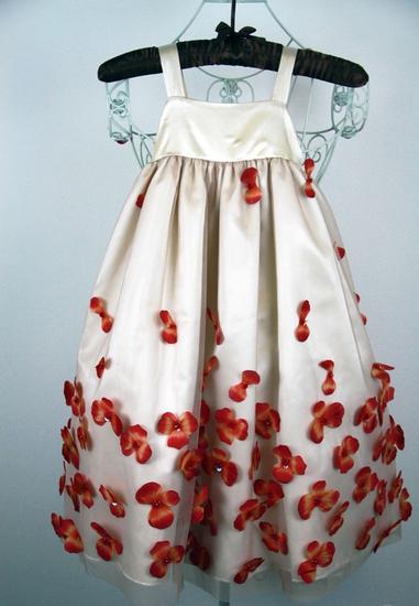 Платье расшитая розами