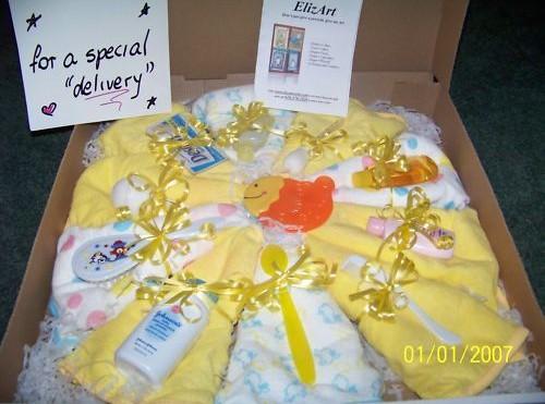 Оригинальная упаковка подарка новорожденному 15