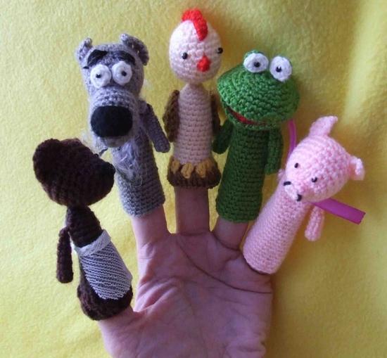 Пальчиковые куклы персонажей русских народных сказок.  Вязание крючком.  Скитала. акрил, хлофайбер, бисер.